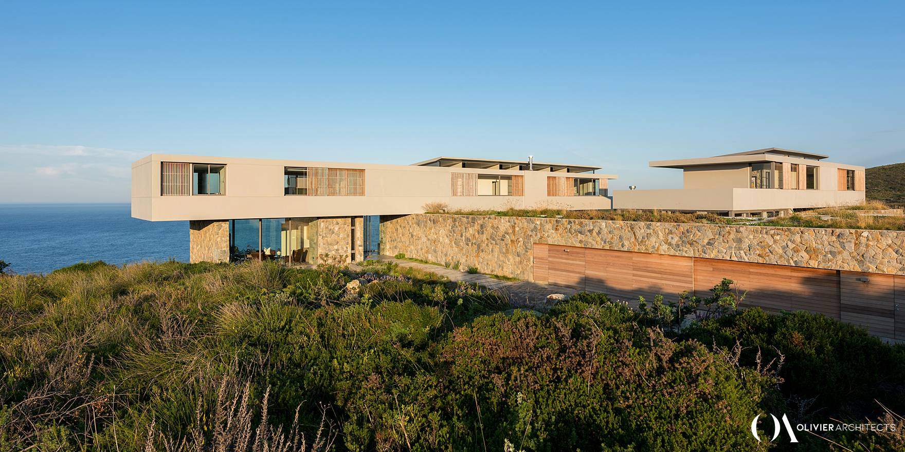 Luxury modernist home. Knysna High end architecture - Olivier Architects