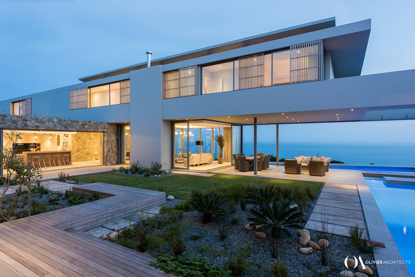 Luxury modernist home. Knysna, Pezula Private Estate, High-end architecture - Olivier Architects